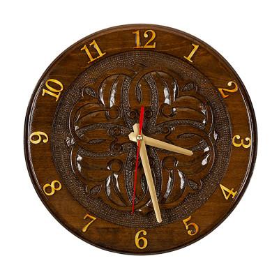 Часы резные 701