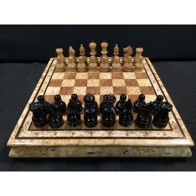 Шахматы в футляре