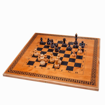 Шахматы нарды шашки Классика дуб средние