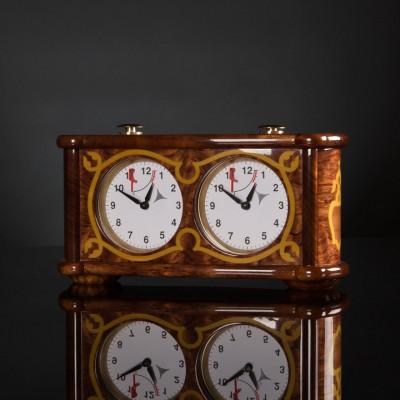 Шахматные часы в стиле барокко