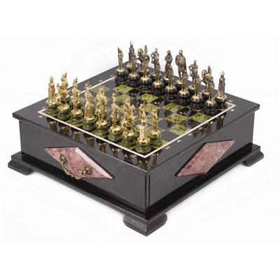 Шахматный ларец фигуры Русские змеевик 42х42х15 мм