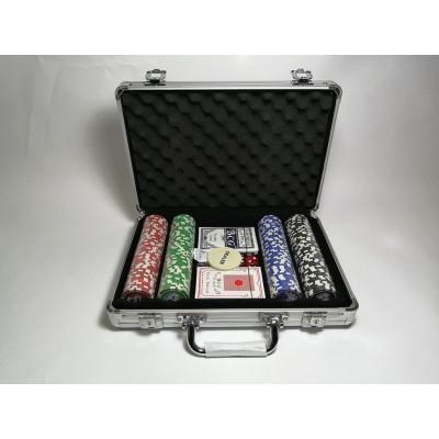 Набор для покера Royal Flush на 200 фишек с пластиковыми картами
