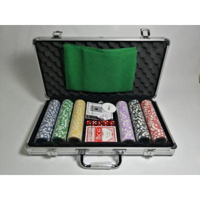 Набор для покера Ultimate на 300 фишек с пластиковыми картами
