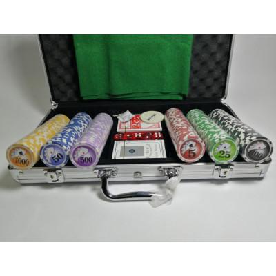 Набор для покера Royal Flush на 300 фишек с пластиковыми картами